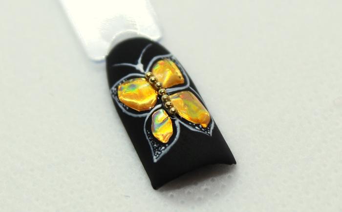 Дизайн ногтей в технике литье в фольгой