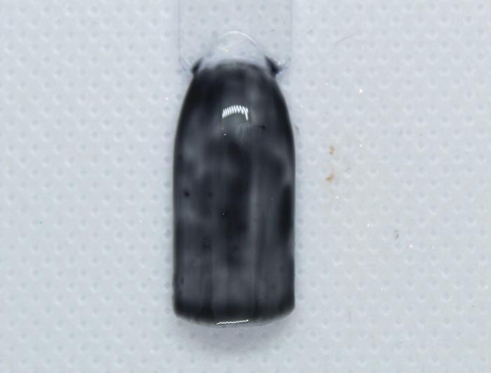 Черно-белый маникюр пошагово